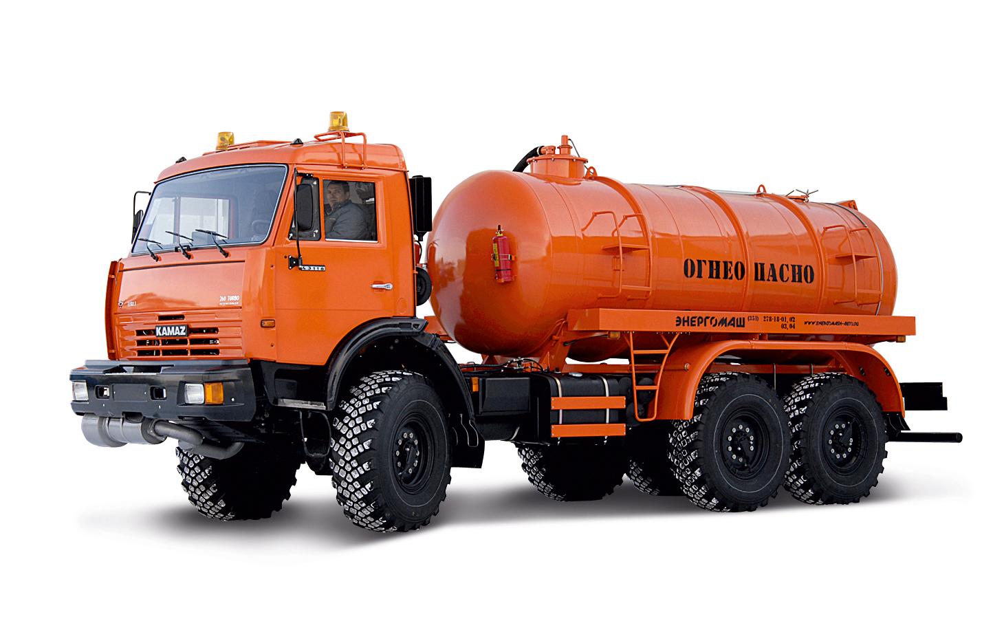 Предметная фотосъёмка грузовиков