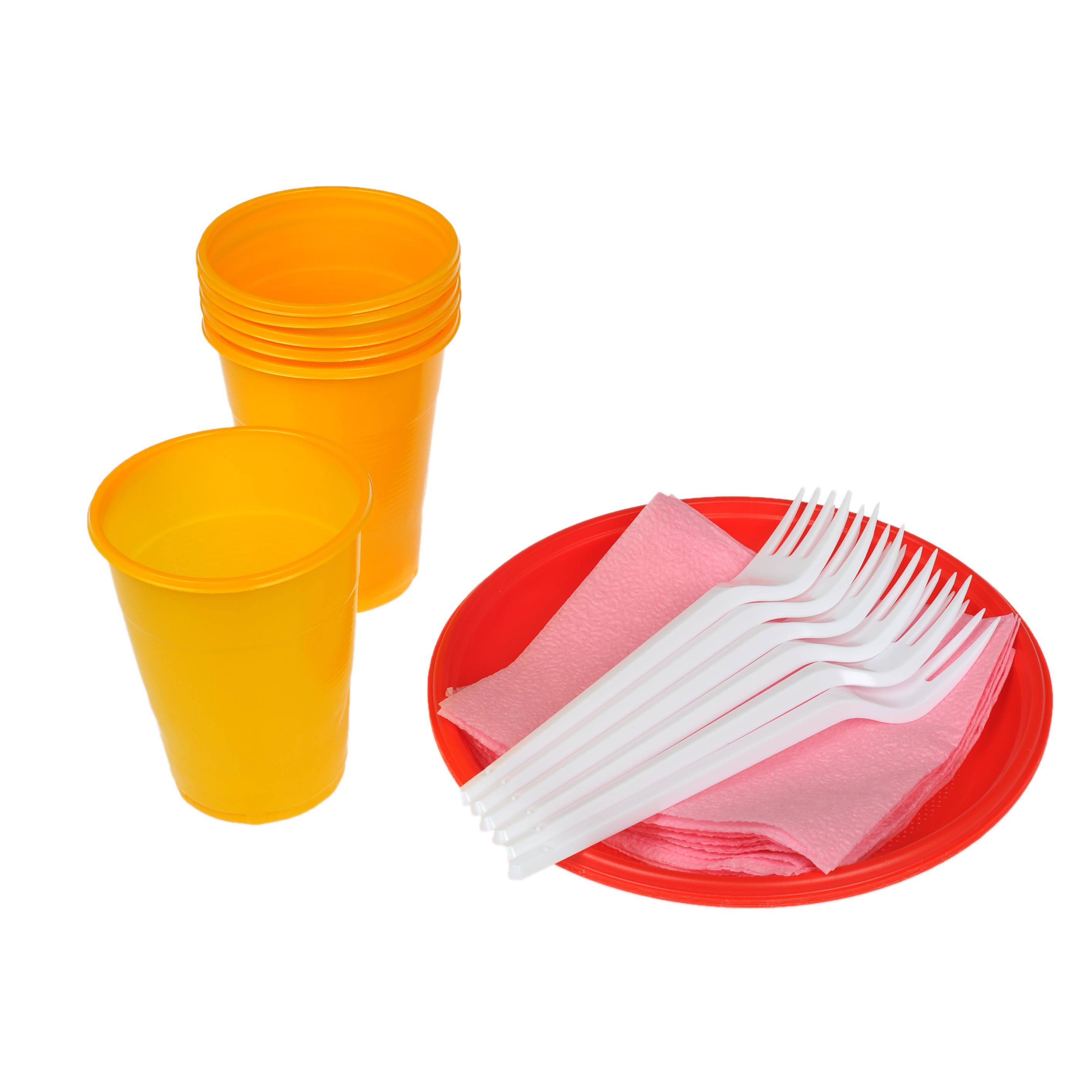 Предметная фотосъемка одноразовой посуды